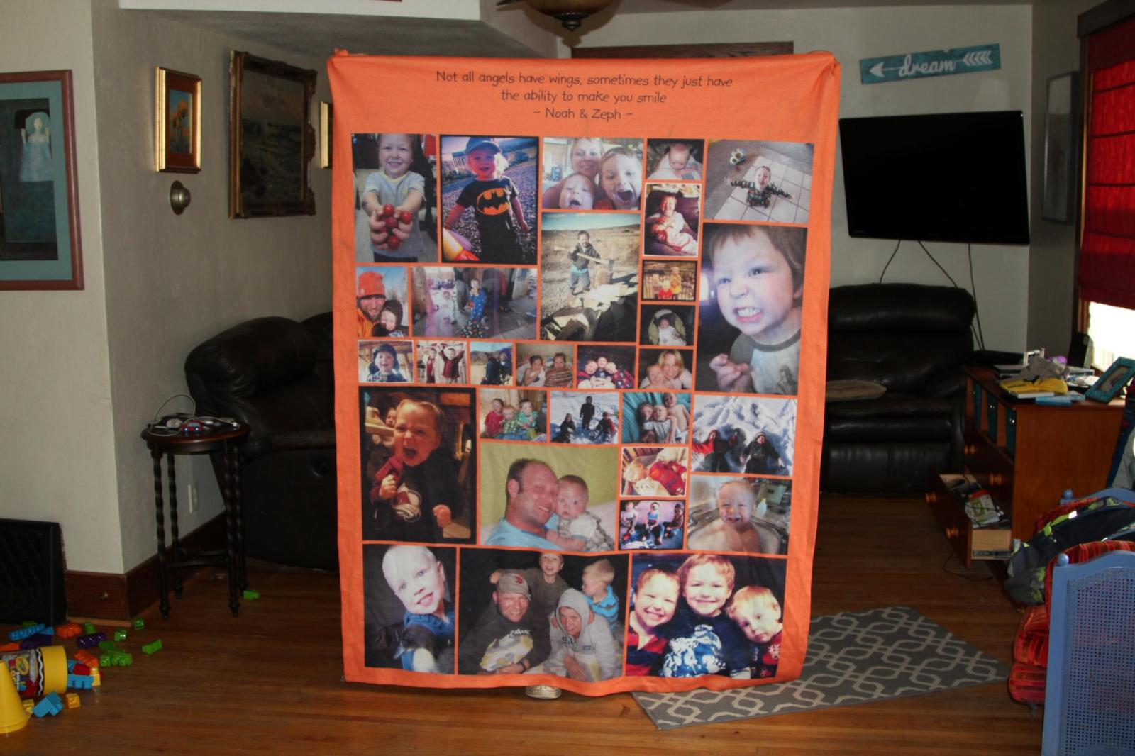 Blanket featuring the van Dijk family