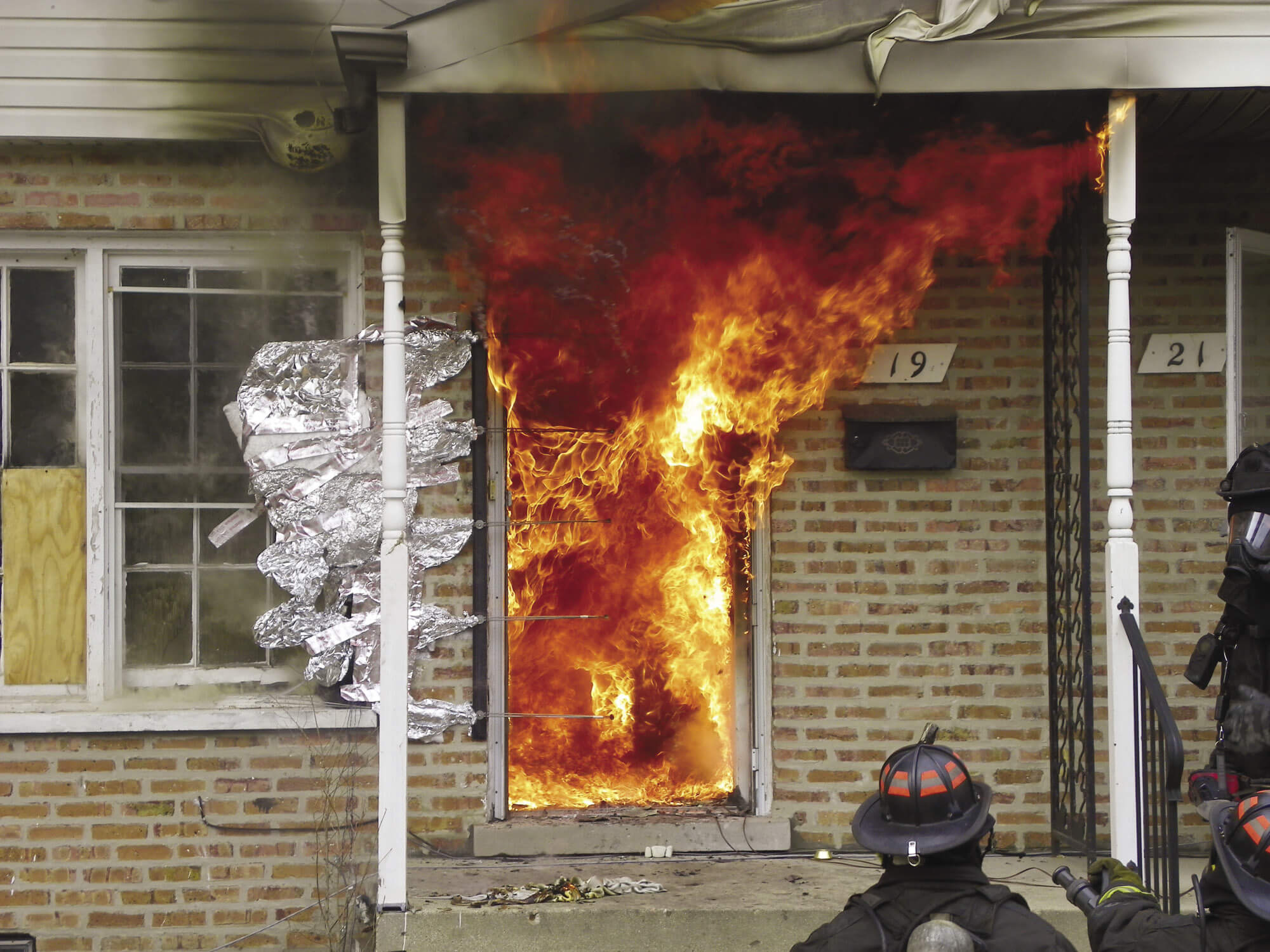 nfpa journal new fires new tactics january february 2015
