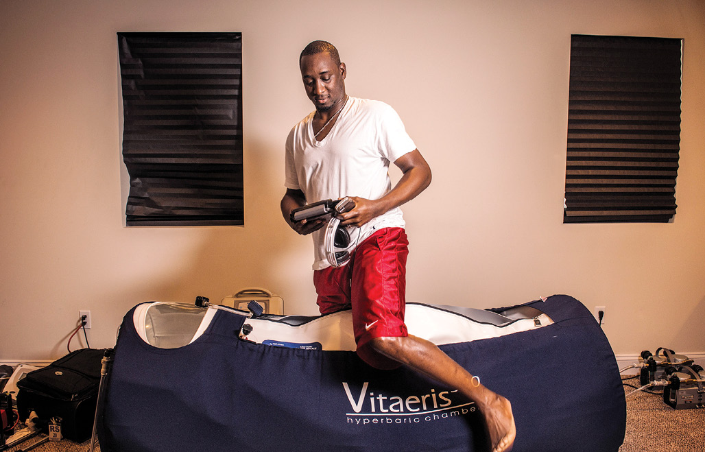 Former Major League Baseball pitcher Rafael Soriano prepared to get into a hyperbaric chamber for home use.